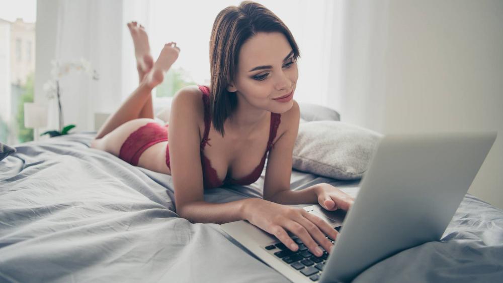 Red lingerie laptop girl