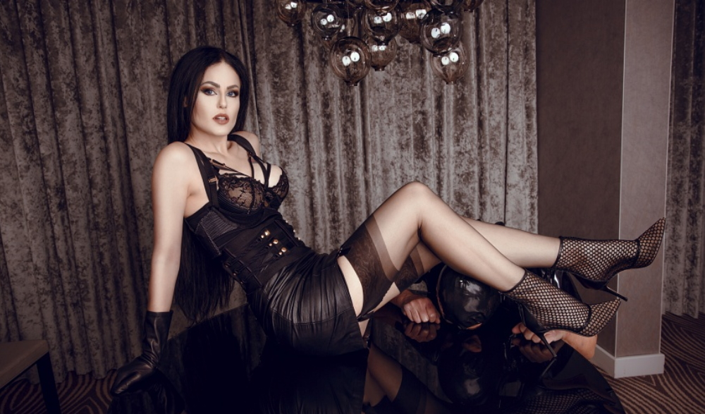 How to become a dominatrix-discuss everything with a mentor